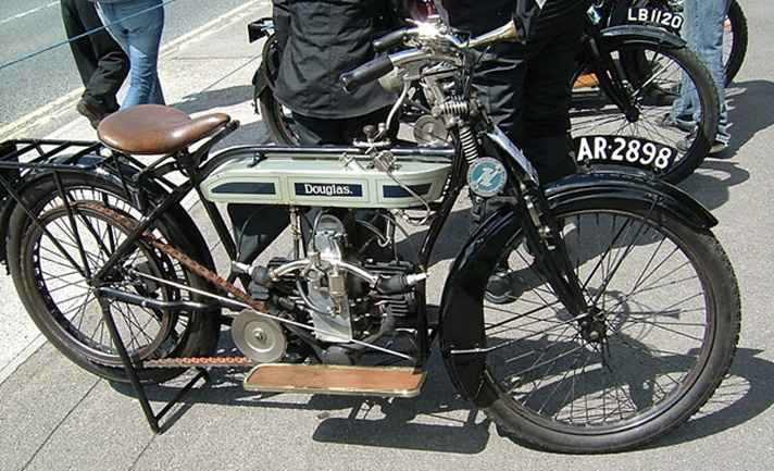 Douglas Model R motorcycle, 1913
