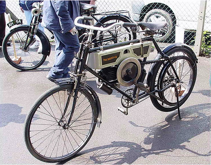 Douglas Model A motorcycle, 1908