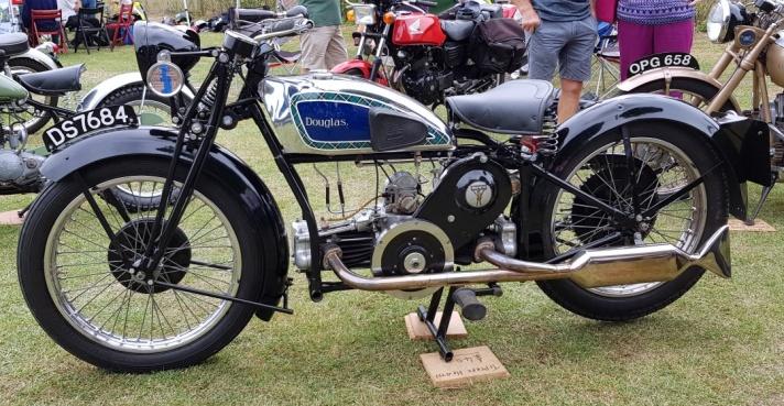 Douglas G31 600 OHV Motorcycle, 1931 Nearside